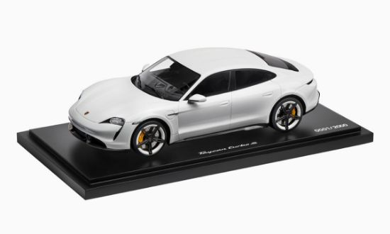 Picture of Taycan Turbo S, 1:18 Model