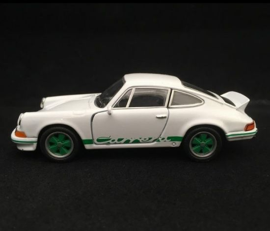 Picture of Pull-Back 911 Carrera RS 2.7 Toy, White/Green